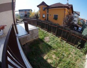 Inchiriere apartament cu 2 camere in Andrei Muresanu, 3 terase gradina si garaj