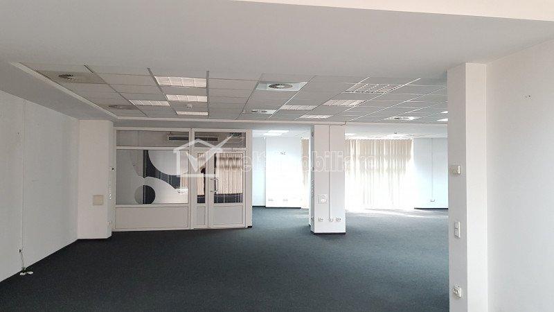 Spatiu birouri clasa A open space 362mp in Plopilor Vest