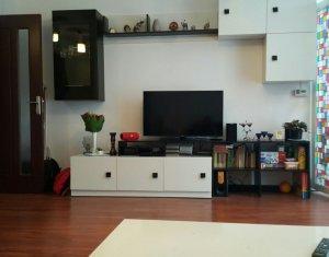 Vanzare apartament cu 3 camere, Floresti, zona Tineretului