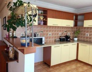 Apartament 3 camere confort de lux, etaj intermediar, parcare, Buna Ziua