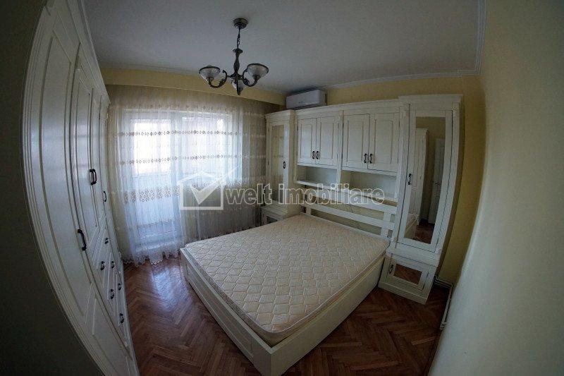 Inchiriere apartament 3 camere confort lux, centru zona Cipariu