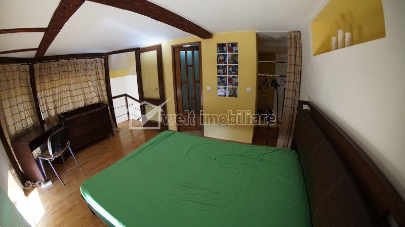 Inchiriere apartament de 3 camere, semidecomandat, Centru