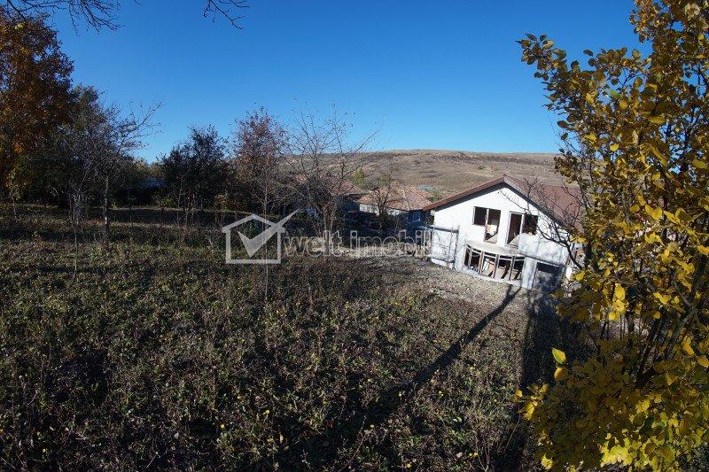 Duplex spatios Iris - Valea Chintaului