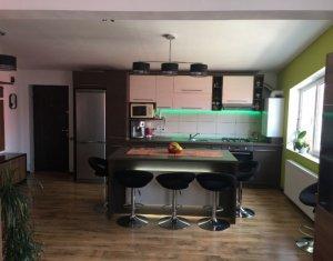 Apartament de vanzare, 3 camere, ultrafinisat, zona Eroilor, Floresti