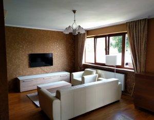 Apartament 4 camere, terasa, garaj, imobil de tip vila, Gruia