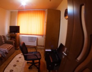 Exclusivitate! Apartament 2 camere, etaj intermediar, zona Mehedinti