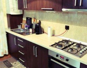 Vanzare apartament cu 2 camere, mobilat si utilat, Floresti, Eroilor