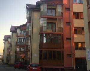 Vanzare apartament 3 camere, 2 nivele situat in Floresti, zona A. Iancu
