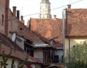 Apartament 2 camere, ultracentral, Piata Unirii, zona istorica a Clujului