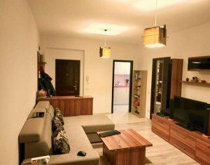 Apartament de inchiriat, 2 camere, 48 mp, etaj intermediar, Centru