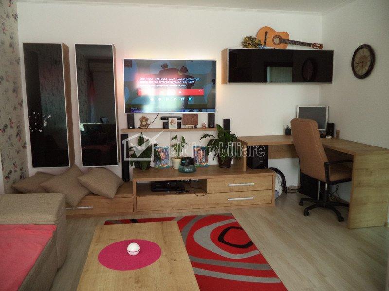 Vindem apartament la cheie, 3 camere, zona centrala, Floresti