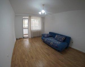 Vanzare apartament 3 camere, decomandat, Grigorescu