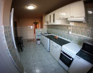 Apartament luminos si primitor, 3 camere decomandate, garaj, Zorilor