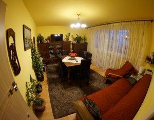 Apartament 3 camere, 2 bai, Manastur