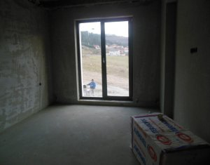 Vanzare duplex cu 5 camere in Floresti, zona Narciselor