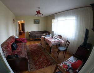 Vanzare apartament 3 camere Gheorgheni, etaj 1, zona Diana