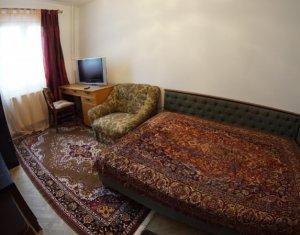 Apartament de 3 camere, semidecomandat, Manastur