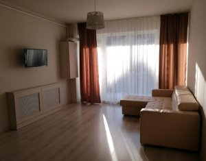 Inchiriere apartament 2 camere, lux, 63 mp, etaj intermediar, Centru