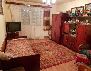 Apartament 3 camere, 64 mp, 2 balcoane, decomandat, Manastur, aproape de Big