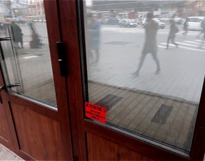 Inchiriere spatiu comercial 8 mp, ideal casa de schimb valutar, Mihai Viteazul