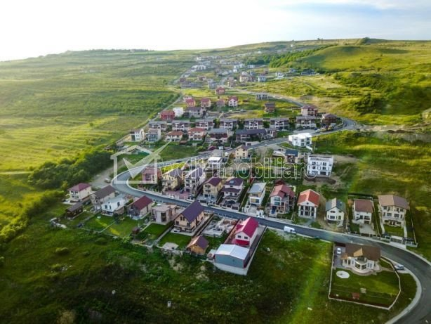 Vanzare duplex panorama deosebita cartier Voronet Tineretului