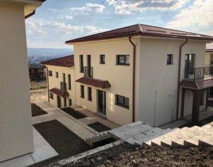 Maison 5 chambres à vendre dans Cluj-napoca, zone Iris
