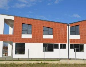 Vanzare casa individuala in Borhanci, 160 mp utili, 500 mp teren, strada inchisa