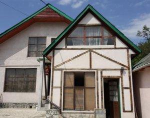 Casa cu 4 camere, 105mp utili si 300 mp teren, zona Vlaha
