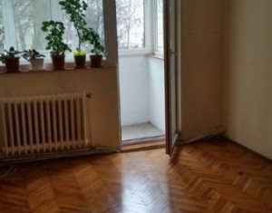 Apartament 2 camere, 48 mp, balcon, finisat clasic, stare buna, zona Padin