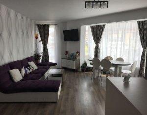 Vanzare apartament 3 camere, mobilat, utilat, Eroilor