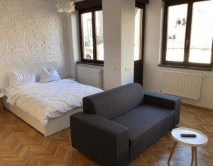 Apartament tip studio, zona ultracentrala, utilat, mobilat lux, finisat modern