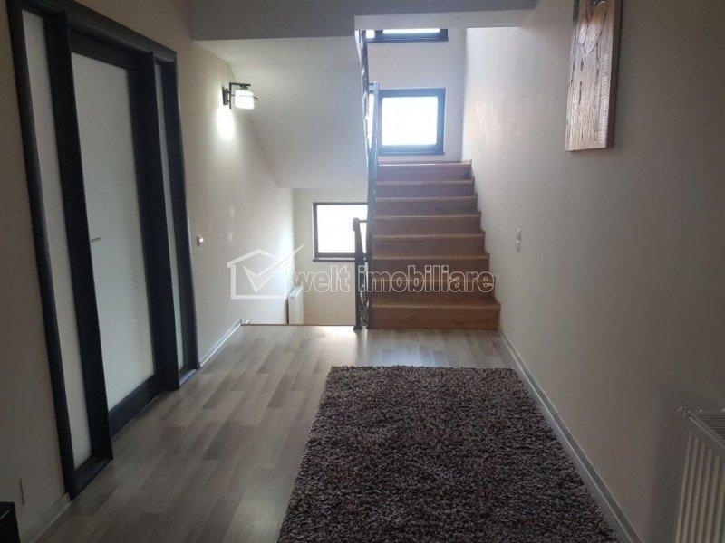 Casa duplex, 4 camere,  220 mp utili,100 mp gradina, zona Campului
