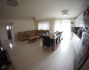 Lakás 4 szobák eladó on Cluj Napoca, Zóna Europa