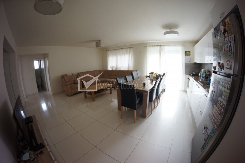 Apartament 4 camere, super calitate, terasa, gradina, parcare, Europa