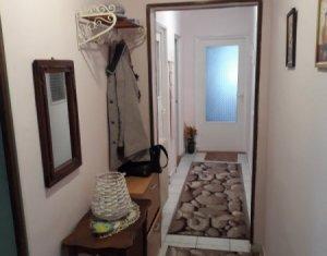 Vanzare apartament cu 4 camere in Manastur, zona Big, cu garaj