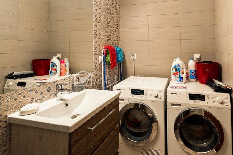 Appartement 5 chambres à vendre dans Cluj-napoca, zone Iris