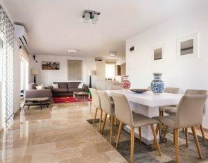 Appartement 5 chambres à vendre dans Cluj Napoca, zone Iris
