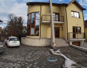 Ház 6 szobák kiadó on Cluj-napoca, Zóna Andrei Muresanu