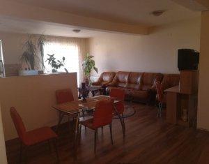 Vanzare apartament cu 3 camere, Floresti, strada Florilor