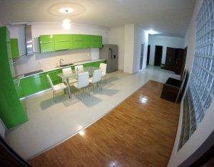 Apartament de inchiriat 3 camere, 112 mp, zona Sala Sporturilor