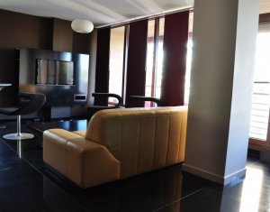 Apartament de inchiriat,  2 camere, 82 mp + 25 balcon, Plopilor