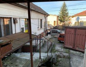 Oportunitate de investitie in Hasdeu, 3 imobile in aceeasi curte, SU - 450 mp