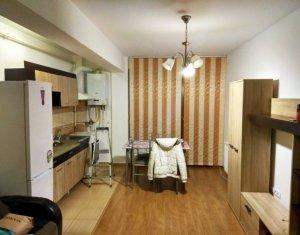 Apartament de vanzare 2 camere, mobilat utilat, parcare