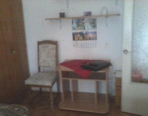 Garsoniera la etaj intermediar, zona Kaufland Manastur
