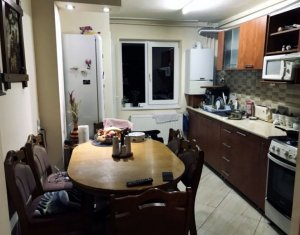 Apartament de vanzare 3 camere decomandate, Aleea Balea