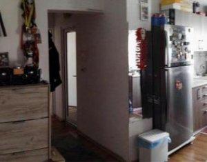 Apartament de vanzare 3 camere, proaspat renovat