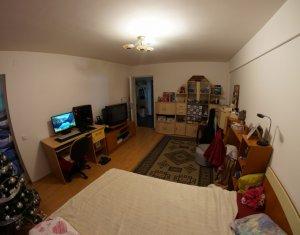 Apartament de inchiriat o camera, mobilat si utilat, zona peco Mol