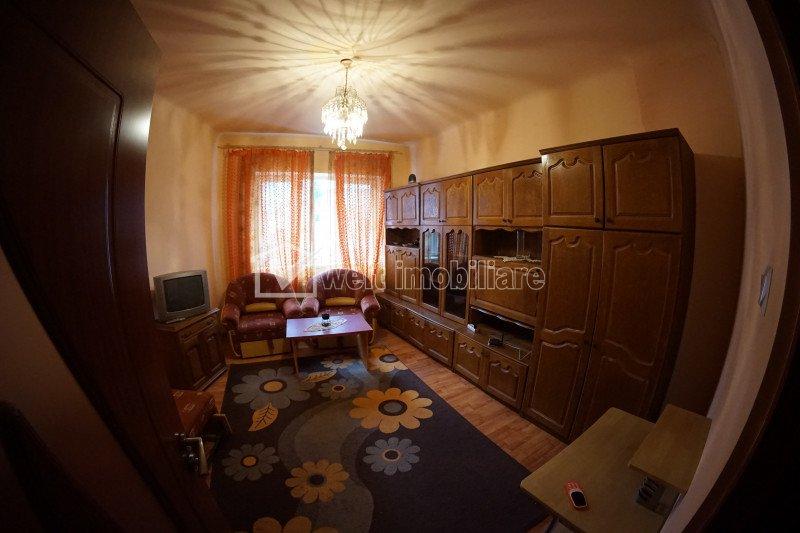 Apartament de inchiriat, 1 camera, 42 mp, Centru, P-ta Mihai Viteazul