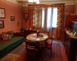 Apartament 2 camere, etaj intermediar, ultracentral, zona Eroilor - INVESTITIE