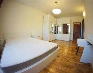 Inchiriere apartament de lux cu 4 camere, Andrei Muresanu, cu garaj si boxa